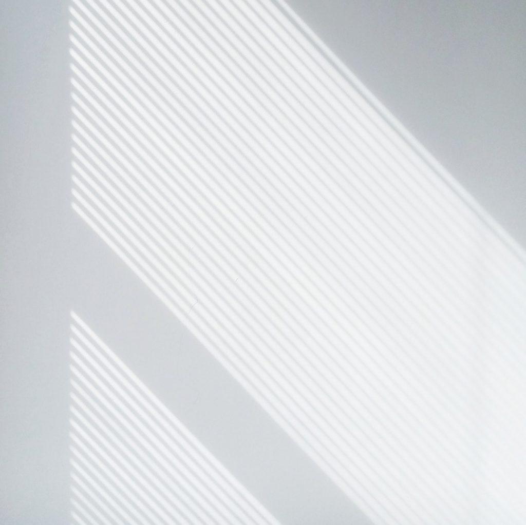 pexels-ovan-62693